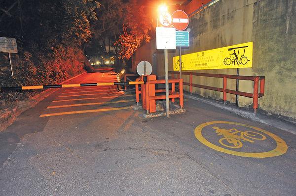 迷途知返卻遇意外 單車少女撞欄亡
