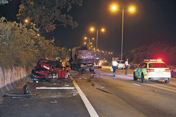 拖車司機路肩救車遭撞斃