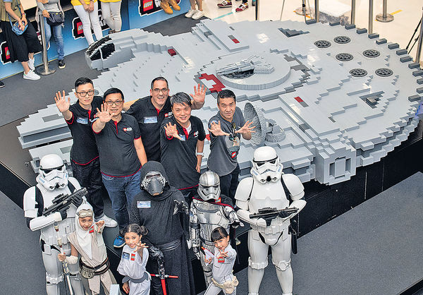 20萬粒LEGO 砌全球最大「千歲鷹」