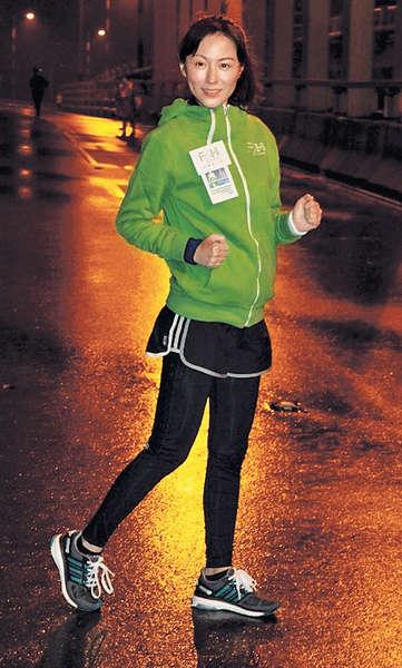 十年跑畢100公里 劉心悠明年挑戰半馬