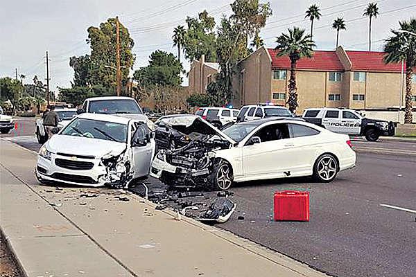 留美華女生 撞車後被槍殺