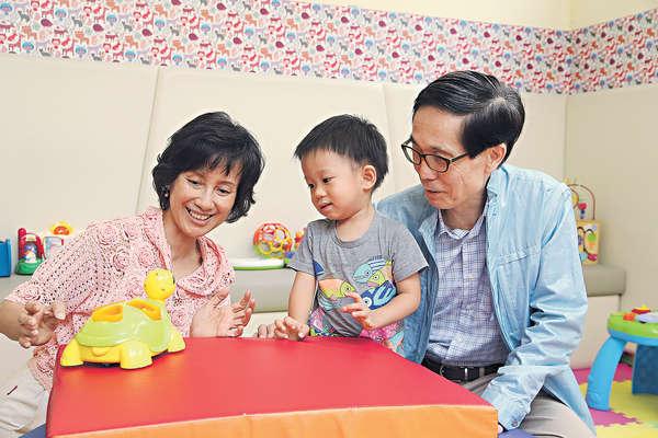 祖父母也進修 投入孫兒教育工程