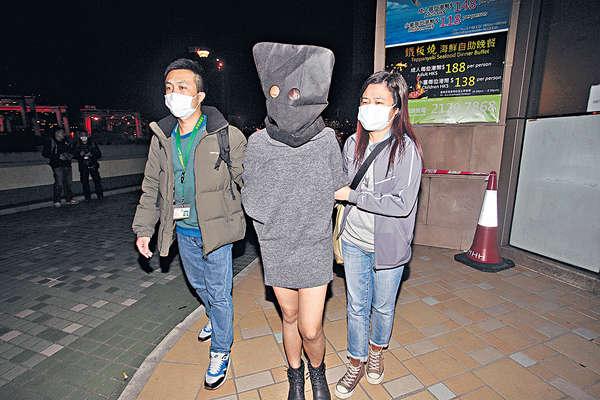 黑幫$2000誘中二女生販毒