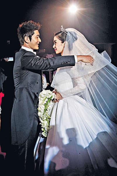 2015娛樂大事回顧 本地篇 世紀婚禮 曉明:Baby是無價