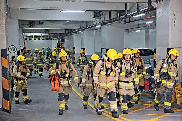拜神釀3級火 工廈百人疏散