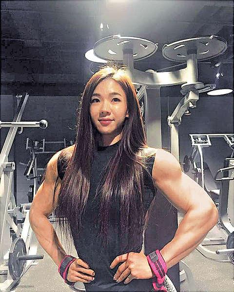 韓國甜姐兒騷肌 震驚網民