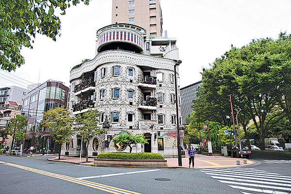 東京古靈精怪の建築