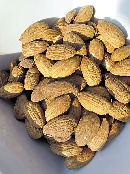 杏仁代零食 增蛋白質更健康
