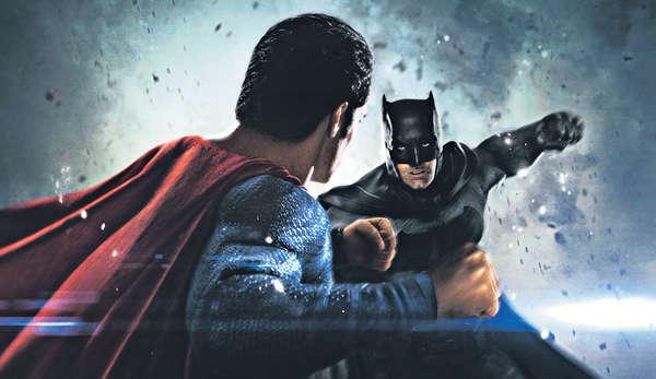 以戲論戲 蝙蝠俠完勝超人