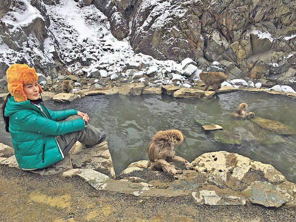 猴年參觀真實版Bathing Ape 猴子浸溫泉