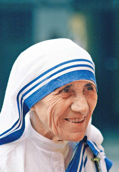 兩次神蹟救病患 德蘭修女獲封聖人