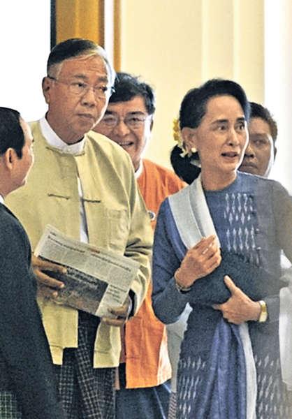 昂山親信勝出 緬甸54年首誕文人總統