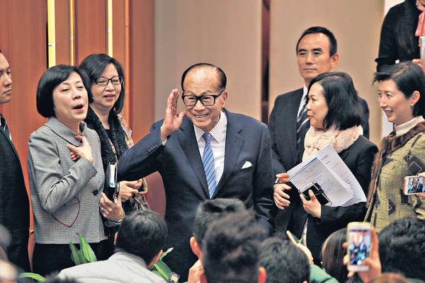 李嘉誠:勿再傷害香港