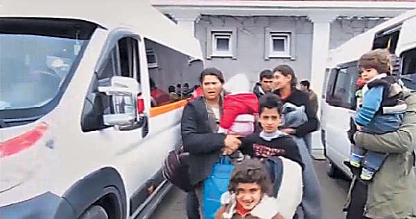 歐土協議生效 1500難民趕「尾班船」