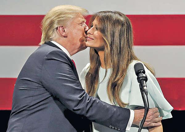 特朗普告急 妻首站台拉票