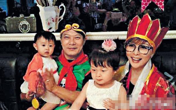 嘉樂扮悟空慶51歲生日