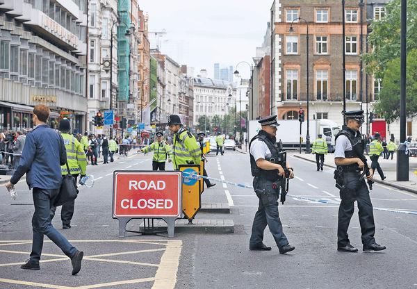 狂漢倫敦鬧市斬人 1死5傷