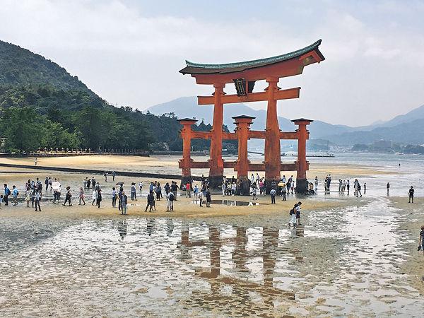 迷上日本嚴島大鳥居