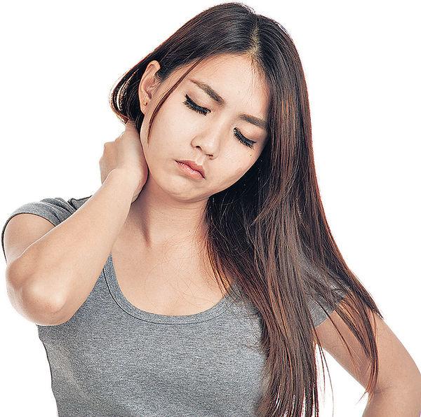 頸動脈收窄 引發小中風