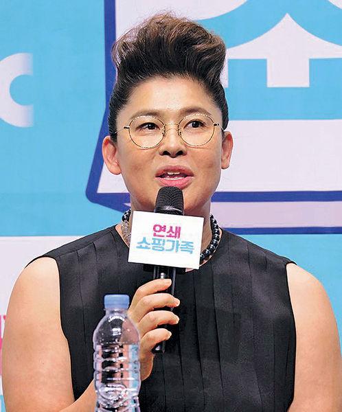 韓國MC李英子丁父憂