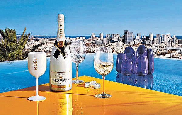 香檳名牌首推加冰飲