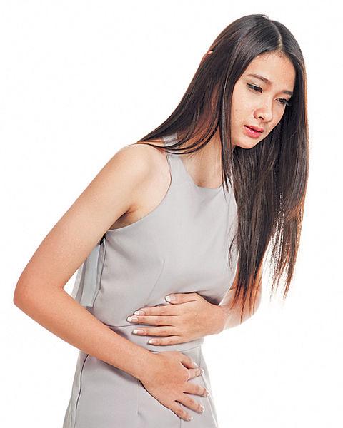 胃痛亂吃止痛藥 恐致潰瘍
