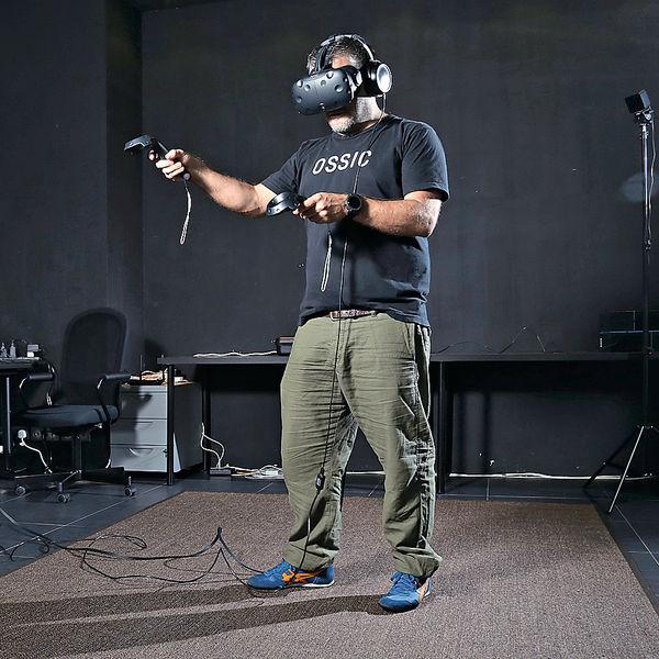 3D耳機攻港 VR「聽得到」