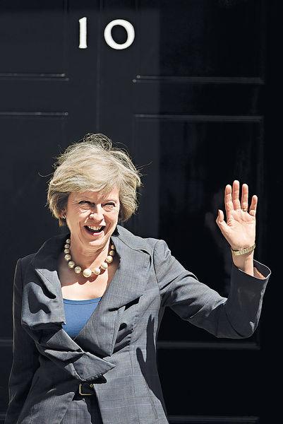 文翠珊組新內閣 女將激增佔半