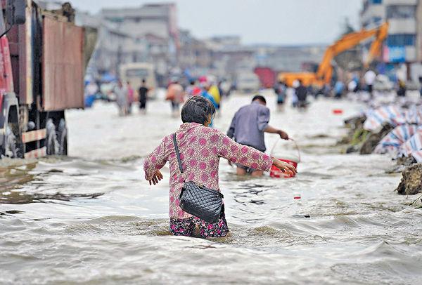 雨量破紀錄 警惕「98洪災」重演