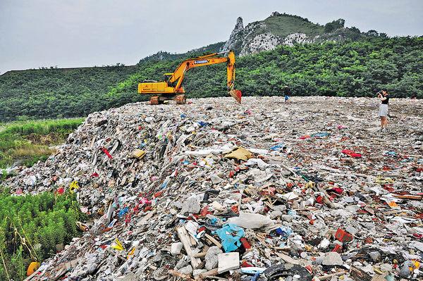 滬4千噸垃圾 偷倒蘇州太湖