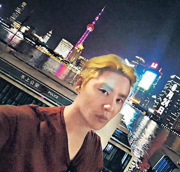 JYJ金俊秀輕鬆遊上海