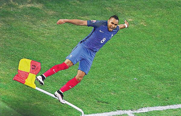 皮耶又發威 法國晉16強