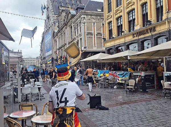 歐國杯球迷又鬧事 球場外圍頒禁酒令