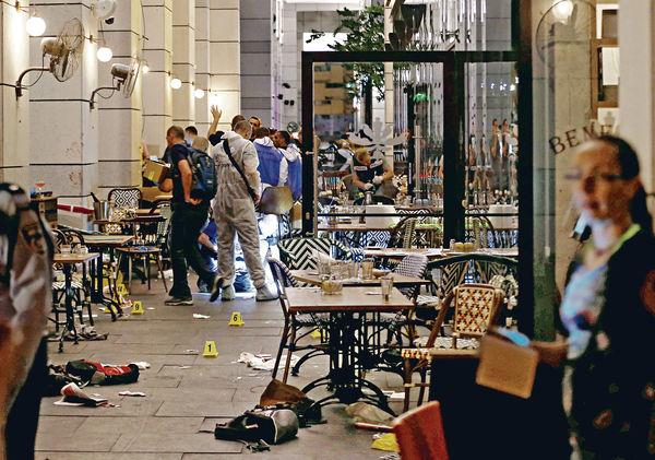 以國恐襲13死傷 巴人槍手掃射餐廳