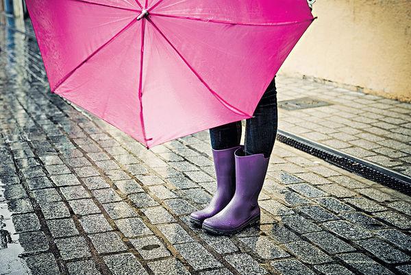 長着雨靴 焗出香港腳