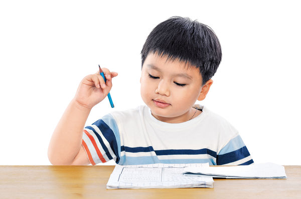 小學新招助減壓 學生零功課回家