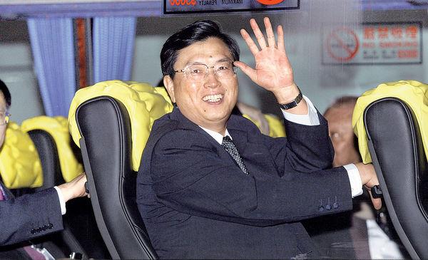 張德江下周訪港 傳5000警力戒備
