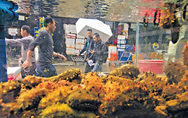 穗酒樓賣假海參 多食損健康