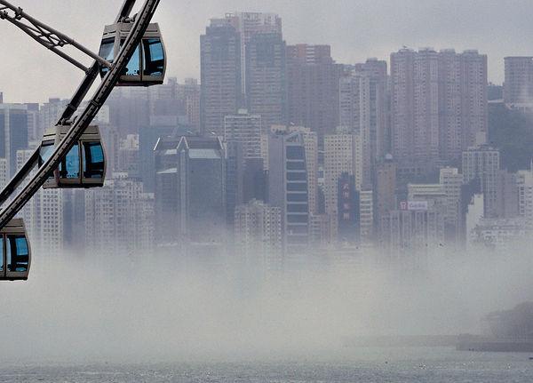 低壓槽襲港 今有雨最低20℃