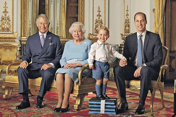 推四代同堂郵票 英女皇今慶90大壽