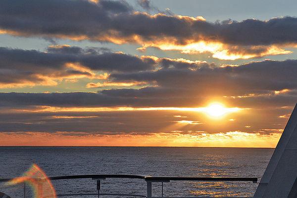 日出大西洋