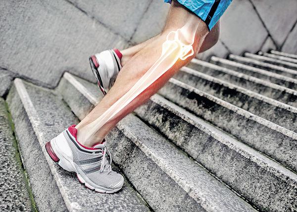 疼痛咔咔聲 關節恐勞損