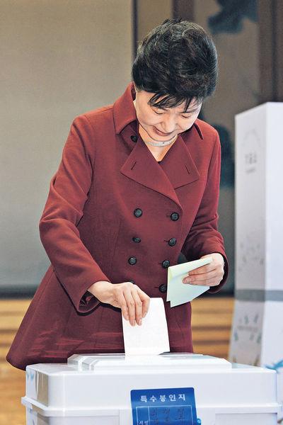 南韓國會選舉 票站調查:執政黨失勢