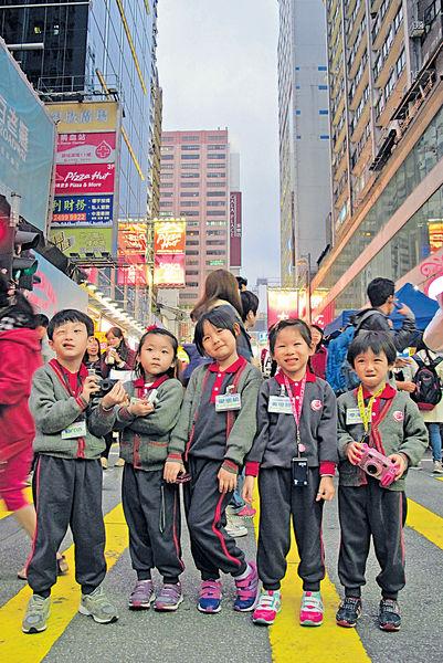 五歲豆丁做導遊 從生活中學習