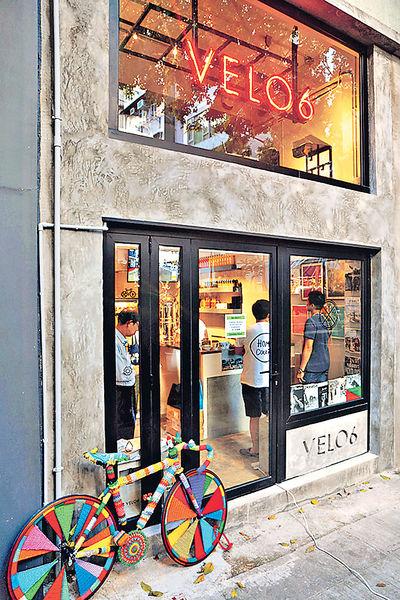 HK首間 單車主題咖啡店