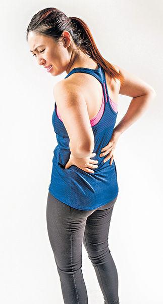 健身不當 腰椎滑脫 又痛又痹