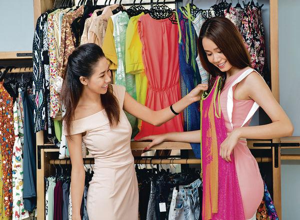 部分服裝店 減價貨不設換貨