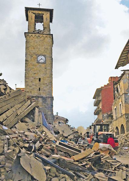 意古城強震半個鎮夷平 最少73死