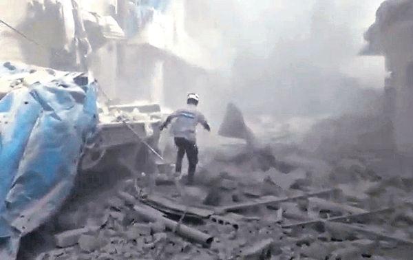 政府涉投氯氣彈 80敘平民窒息