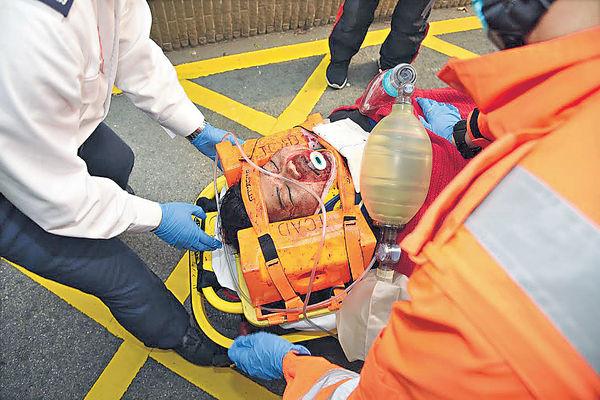 菲女機場墮斃 嚇壞市民旅客